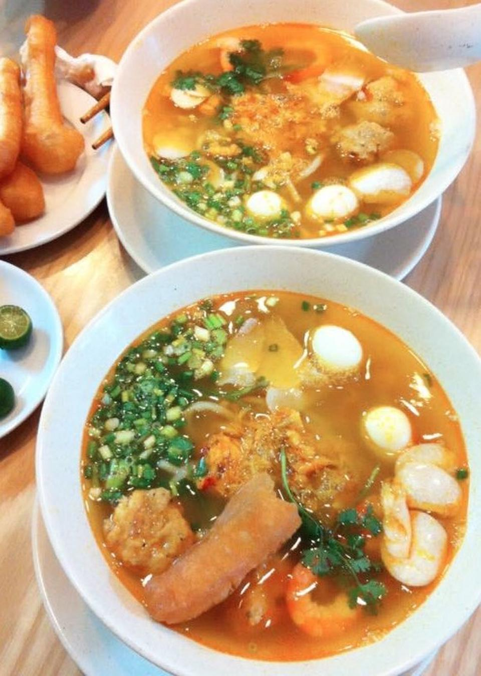 banh canh ghe 18