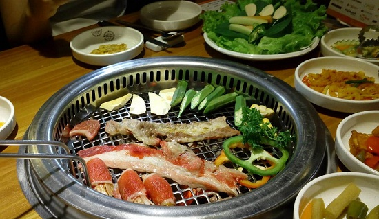 King BBQ Deli thoa thich voi buffet thit nuong cuc ngon 5
