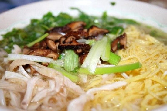 dam-da-huong-vi-bun-thang-ha-noi-2a72b29cdf2c2ff39bdac2385ee5be2869ab799f